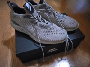 adidas alphabounce EM m Brown/White - Size 11.5