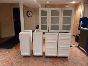 white painted lacquer cabinets
