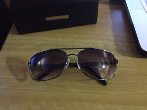 Guess Sunglasses Original, New!  Aviators Black! West Island Greater Montréal image 1