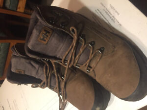 Mint condition HH hiking boots size 11