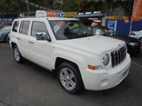 2010 10 JEEP PATRIOT 2.4 SPORT PLUS 4X4 IN WHITE # FULL BLACK LEATHER #