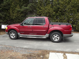 2002 Ford Explorer Sport Trac 4wd Camionnette
