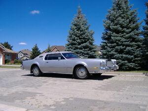 Beautiful 1975 Lincoln Mark IV Classic