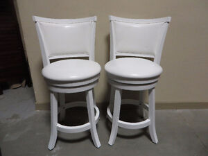 ~~~Brand New Bar Stools and Bench