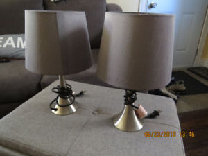 Matching side table/nightstand lamps.