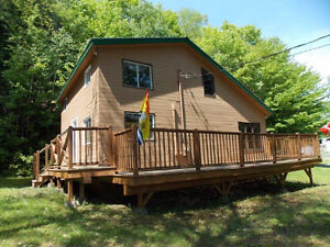 Year Round Home or Winterized Cottage!