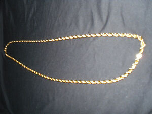 LADIES - CHECK OUT THIS GOLD PLATED CHAIN FOR HIS XMAS GIFT