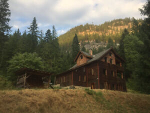 Beautiful timber frame home for rent near Nelson and Castlegar