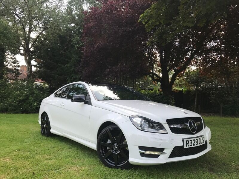 mercedes c class 2 1 c 220 cdi blueefficiency amg sport p white 2012 in ilford london gumtree. Black Bedroom Furniture Sets. Home Design Ideas