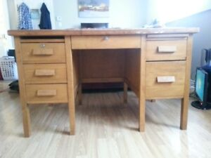 Solid i Believe Oak Wood Desk and Solid Wood Chair.