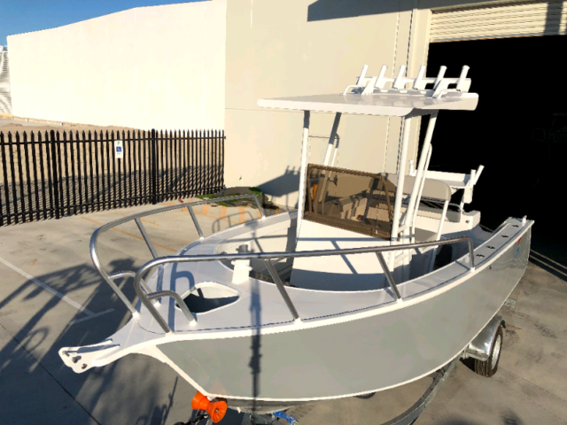 Plate Alloy Acco Centre Console 520 T Top Motorboats