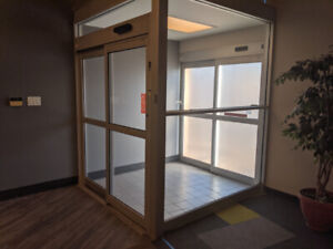 "Commercial Power Sliding Doors 38"" with Glass Vestibule"