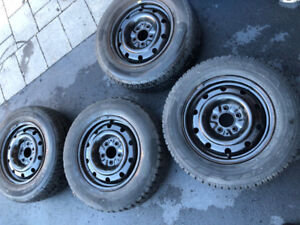Winter tires with rim 205/70/15