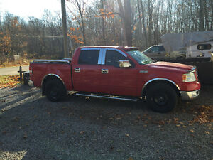 2004 Ford F-150 SuperCrew Pickup Truck