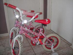 """Bicycles for girls """"SEA Star"""" 12""""/Bicyclettes pour filles  12po"""