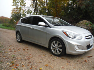 2013 Hyundai Accent- Mint Cond. CERTIFIED !