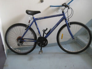 26'' bike carrera monaco with 18 speed frame 32,5''for a tall pe