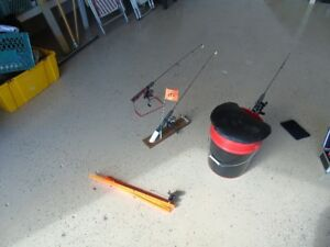 ice fidhing rods and seat, rod storage cases