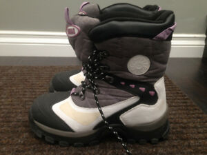 Ankle Winter Boots Cougar size 8M