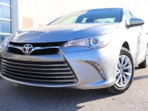 2017 Toyota Camry Payments from $114.32(+tax) Bi-weekly   Revers