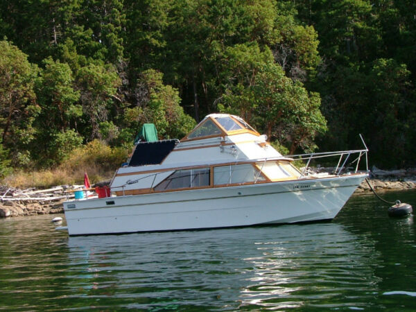 Carver Yachts Cabin Cruiser For Sale Canada