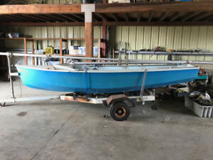 12ft Sail Boat with Trailer
