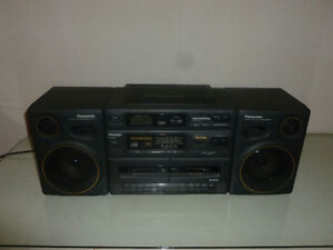 Vintage Panasonic CD Radio Dual Cassette Recorder Boombox RX-DT6