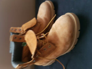 Timberland Mens 9.5 Boots