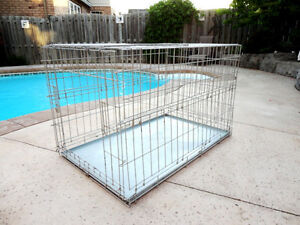 "Large Folding Wire Dog Kennel /Crate In Great Shape 42""x 26x 27"""