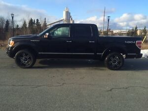 2011 Ford F-150 SuperCrew PLATINUM 6.2 Liter
