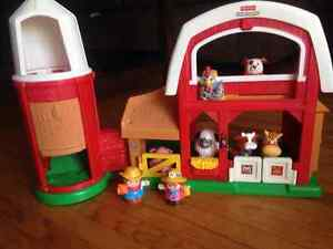 Little people barn and house