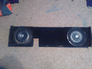 """Kicker comp vt 12"""" subs and box for 05 Ford truck like new"""