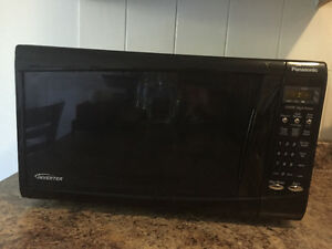 Microwave Panasonic INVERTER 1200w