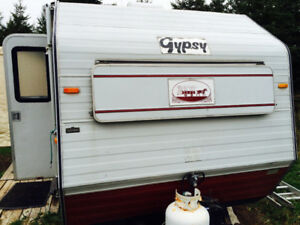 Gypsy 540 18 foot camper for sale!