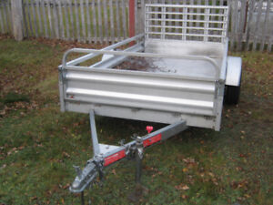 2012 5 by 10 all aluminum utility trailer