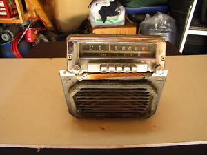 1952 DODGE RADIO
