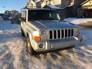 2006 JEEP COMMANDER 4X4 (with Carfax & mechanical inspection)