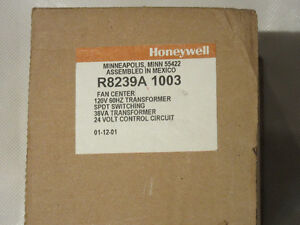 New Honeywell HVAC relay (fan center) R8239A 1003
