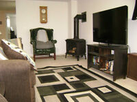 One bedroom apt with an office/den inclusive July 15