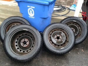 4 winter tires on rims, Nokian Happakeliitta R Sport Ut. 18""