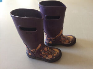 Girls Boggs rubber boots size 12