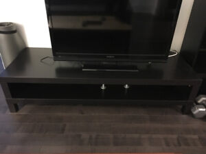 Good condition black media stand / tv bench