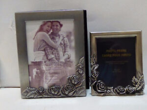 """SILVER PHOTO FRAMED ALBUM WITH MATCHING 6X4"""" FRAME - MINT/UNUSED"""