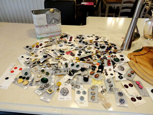 Selling the Motherload of Buttons! Over 800 NEW Buttons Kitchener / Waterloo Kitchener Area image 1