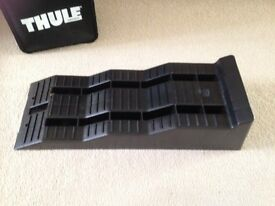 Thule levelling ramps NEW