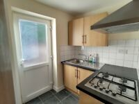 ROOMS AVALIABLE IMMEDIATELY **DSS ACCEPTED** **DOUBLE/SINGLE** **NO DEPOSIT**