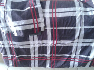 Double comforter for sale