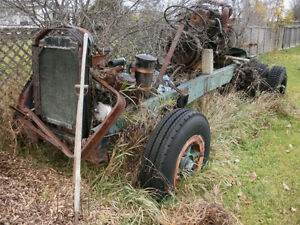 1959 Mack B-61(no cab) 2 Mack engines and front axle for sale Peterborough Peterborough Area image 2