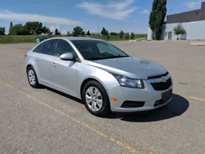 Pre-Owned 2014 Chevrolet Cruze LT **2 sets of NEW tires**