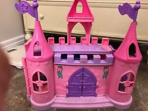 Fisher Price little people musical dancing castle